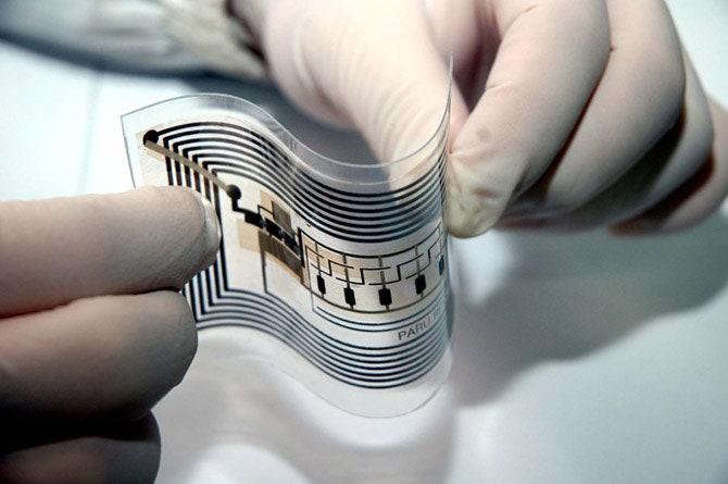 مقاله پیاده سازی مدیریت داخلی زنجیره تأمین با استفاده از تگ های RFID